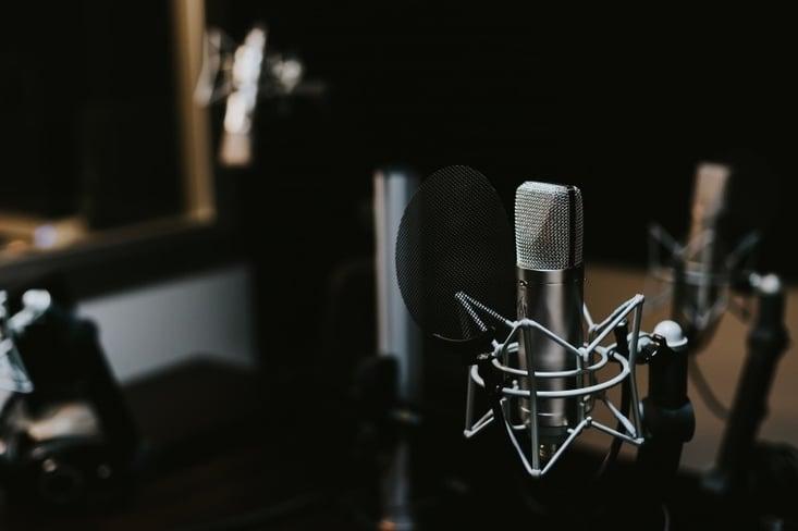 microphone-podcast-mic.jpg